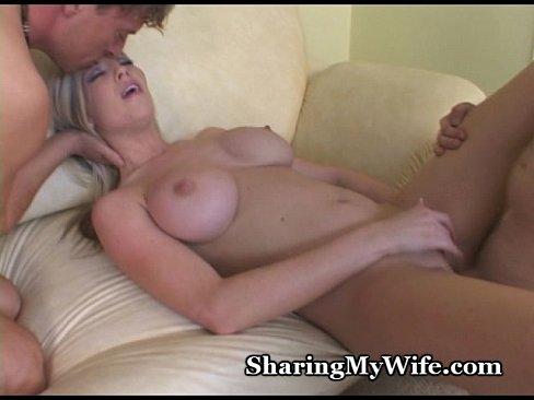 http://img-l3.xvideos.com/videos/thumbslll/0e/40/fb/0e40fb095912620895769b6d2590a956/0e40fb095912620895769b6d2590a956.25.jpg