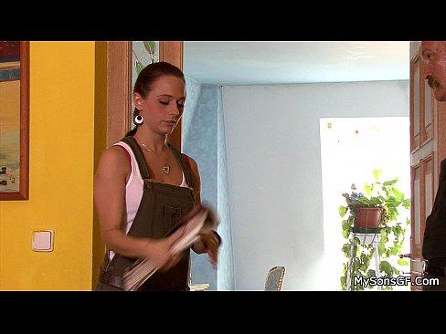 http://img-l3.xvideos.com/videos/thumbslll/13/24/22/13242243b16e7955341a756c8c7b0a47/13242243b16e7955341a756c8c7b0a47.10.jpg