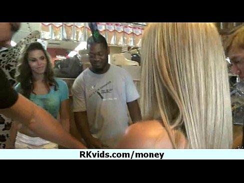 http://img-l3.xvideos.com/videos/thumbslll/14/21/77/142177cacd41269a30b132bddc37008a/142177cacd41269a30b132bddc37008a.1.jpg