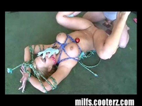 http://img-l3.xvideos.com/videos/thumbslll/14/ee/eb/14eeeb77e3b03560867f224ac8652734/14eeeb77e3b03560867f224ac8652734.11.jpg