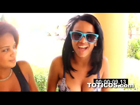 http://img-l3.xvideos.com/videos/thumbslll/19/97/38/199738970f602668ecaa6f0b4a31ceec/199738970f602668ecaa6f0b4a31ceec.2.jpg