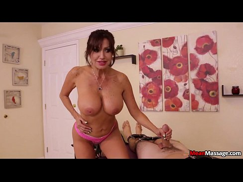 http://img-l3.xvideos.com/videos/thumbslll/1f/56/77/1f56774330f96d26a7d72a8154547f3b/1f56774330f96d26a7d72a8154547f3b.22.jpg