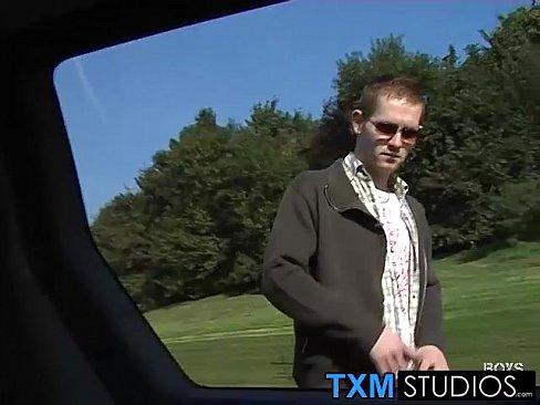 http://img-l3.xvideos.com/videos/thumbslll/20/5f/45/205f45413a9fe02207d4bdcd7786c8ec/205f45413a9fe02207d4bdcd7786c8ec.15.jpg