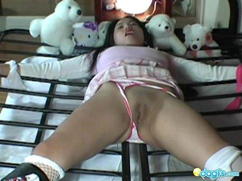 http://img-l3.xvideos.com/videos/thumbslll/20/d5/01/20d50122236eca315314dc1773d4f09e/20d50122236eca315314dc1773d4f09e.30.jpg