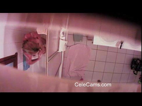 http://img-l3.xvideos.com/videos/thumbslll/22/91/63/229163854e887ad2475e7ddacef4a24a/229163854e887ad2475e7ddacef4a24a.12.jpg