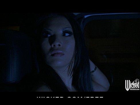 http://img-l3.xvideos.com/videos/thumbslll/25/0a/88/250a88fa51f4567ebe4207f553304887/250a88fa51f4567ebe4207f553304887.3.jpg