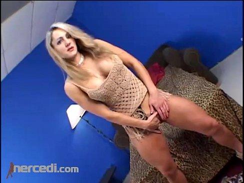 http://img-l3.xvideos.com/videos/thumbslll/26/c2/ec/26c2ec64d63e08efb7d376855f625530/26c2ec64d63e08efb7d376855f625530.5.jpg