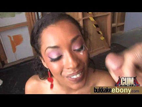 http://img-l3.xvideos.com/videos/thumbslll/27/03/17/2703176edda772f04e1faddbdb777fab/2703176edda772f04e1faddbdb777fab.15.jpg