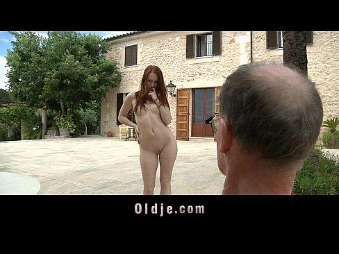 http://img-l3.xvideos.com/videos/thumbslll/29/40/90/294090392ae94e9a1b7d68321e70be96/294090392ae94e9a1b7d68321e70be96.10.jpg