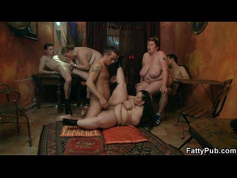 http://img-l3.xvideos.com/videos/thumbslll/2a/50/e3/2a50e3b27fc70d1a7477abc33df527aa/2a50e3b27fc70d1a7477abc33df527aa.15.jpg