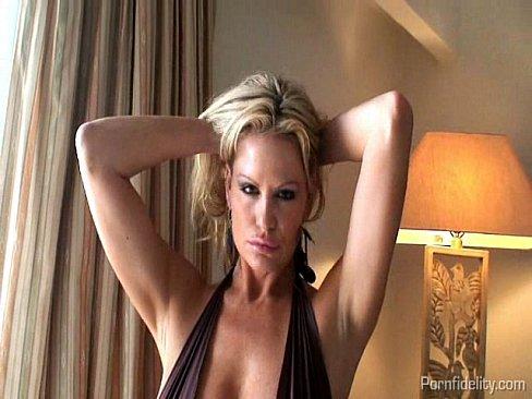 http://img-l3.xvideos.com/videos/thumbslll/2d/2e/79/2d2e7902ba861a3f1d23c12d673c3877/2d2e7902ba861a3f1d23c12d673c3877.4.jpg