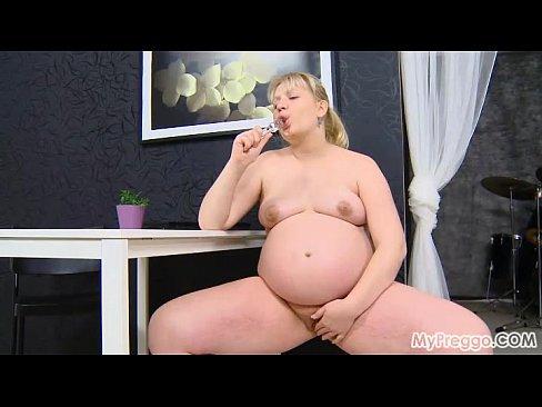 http://img-l3.xvideos.com/videos/thumbslll/31/76/f8/3176f8f3f866ac5727db6d50a4706ee9/3176f8f3f866ac5727db6d50a4706ee9.22.jpg