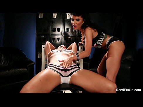 http://img-l3.xvideos.com/videos/thumbslll/38/6c/bf/386cbf6558aeccaef34920a866bafa54/386cbf6558aeccaef34920a866bafa54.2.jpg