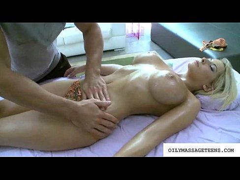 http://img-l3.xvideos.com/videos/thumbslll/39/30/79/393079e4e4cbae4b7542cd4fb061257e/393079e4e4cbae4b7542cd4fb061257e.7.jpg