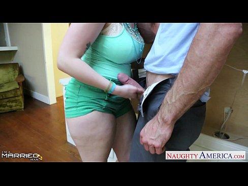 http://img-l3.xvideos.com/videos/thumbslll/39/70/51/39705152615ef9d37a08d667413dc98a/39705152615ef9d37a08d667413dc98a.6.jpg
