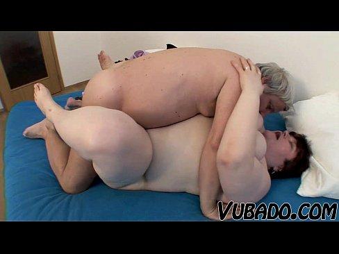 Maria ozawa doing oral sex