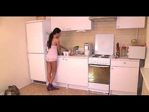http://img-l3.xvideos.com/videos/thumbslll/3d/a1/5b/3da15b7ca93a2f007f3c15b4d2914d5d/3da15b7ca93a2f007f3c15b4d2914d5d.1.jpg