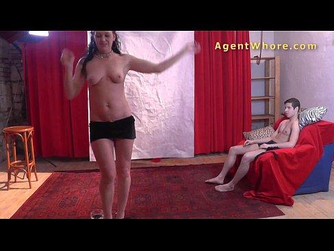 http://img-l3.xvideos.com/videos/thumbslll/3f/11/76/3f117668bb9c89e116767d59b3c47adc/3f117668bb9c89e116767d59b3c47adc.21.jpg