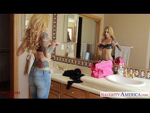 http://img-l3.xvideos.com/videos/thumbslll/42/a3/04/42a3049584699b115f60213e9943e38a/42a3049584699b115f60213e9943e38a.4.jpg