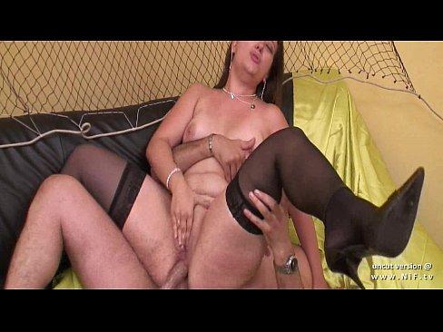 Анальный секс с французской зрелой красоткой