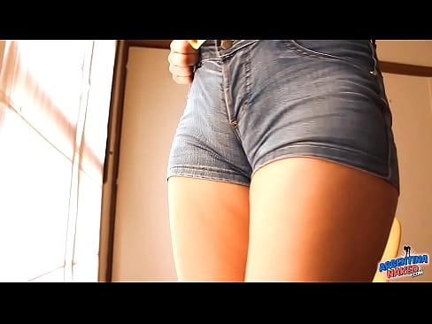 http://img-l3.xvideos.com/videos/thumbslll/46/04/2a/46042abad33ed341a72583dfaa4708f5/46042abad33ed341a72583dfaa4708f5.12.jpg