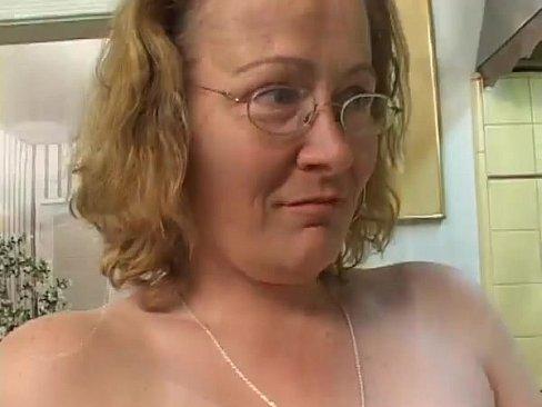 Dirty talking cum on my face