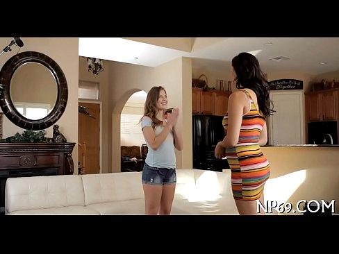 http://img-l3.xvideos.com/videos/thumbslll/48/08/32/4808324392eb23adfc0ef2297628f6f5/4808324392eb23adfc0ef2297628f6f5.4.jpg