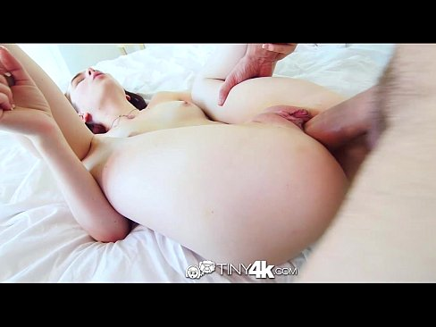 http://img-l3.xvideos.com/videos/thumbslll/49/93/b1/4993b177bd49888631505f6cc3776af1/4993b177bd49888631505f6cc3776af1.27.jpg