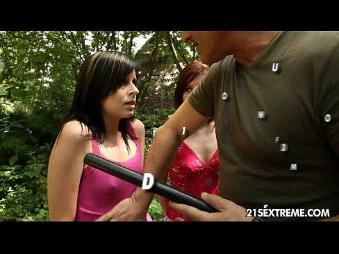 http://img-l3.xvideos.com/videos/thumbslll/4e/1f/48/4e1f48d5288c94e265289abefecd37f6/4e1f48d5288c94e265289abefecd37f6.2.jpg