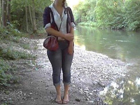 http://img-l3.xvideos.com/videos/thumbslll/4e/fc/11/4efc11ed24df0e51ab871a57273c1c19/4efc11ed24df0e51ab871a57273c1c19.1.jpg