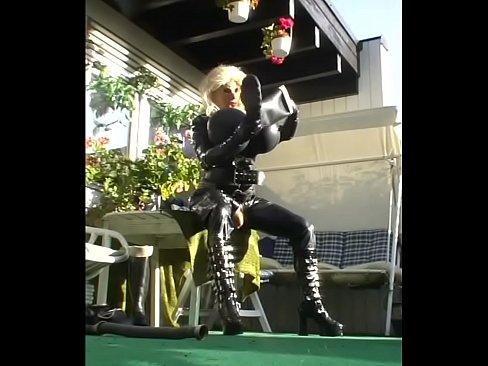 http://img-l3.xvideos.com/videos/thumbslll/53/37/a6/5337a63a81f4b2e6bb62f7ae8b68977f/5337a63a81f4b2e6bb62f7ae8b68977f.15.jpg