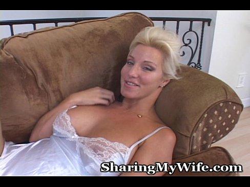 http://img-l3.xvideos.com/videos/thumbslll/54/4c/6b/544c6b163b1d9ef8948273fc20eedfbd/544c6b163b1d9ef8948273fc20eedfbd.3.jpg