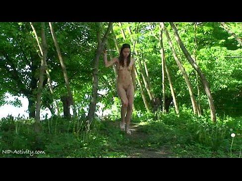 http://img-l3.xvideos.com/videos/thumbslll/59/19/94/5919947f4dfa7aa26acdcb551c1403d9/5919947f4dfa7aa26acdcb551c1403d9.5.jpg