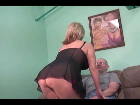 http://img-l3.xvideos.com/videos/thumbslll/59/64/06/59640633a140201f603a12eb72e5ea8a/59640633a140201f603a12eb72e5ea8a.1.jpg