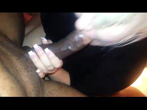 http://img-l3.xvideos.com/videos/thumbslll/5f/65/5f/5f655f2c0644e3f41d28735ebd476887/5f655f2c0644e3f41d28735ebd476887.5.jpg