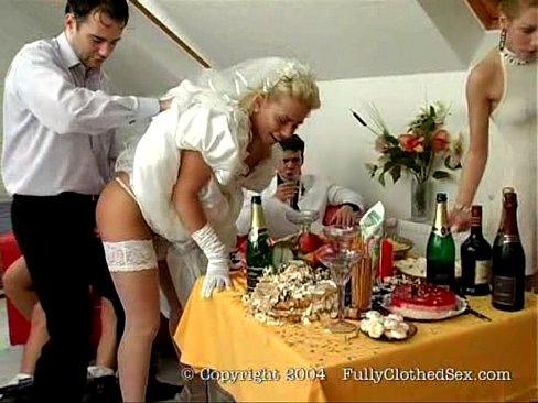 Групповой секс с невестой на чешской свадьбе