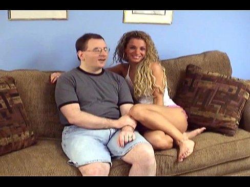 http://img-l3.xvideos.com/videos/thumbslll/61/9f/31/619f3110cccca4018a1fbda4e29c2bd5/619f3110cccca4018a1fbda4e29c2bd5.1.jpg