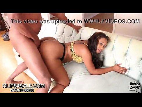 http://img-l3.xvideos.com/videos/thumbslll/62/55/6b/62556b11e0f62c26c186c4efb318bdb8/62556b11e0f62c26c186c4efb318bdb8.15.jpg