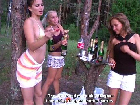 http://img-l3.xvideos.com/videos/thumbslll/63/27/92/63279229b25c955b8bb188ac71a69ef3/63279229b25c955b8bb188ac71a69ef3.1.jpg