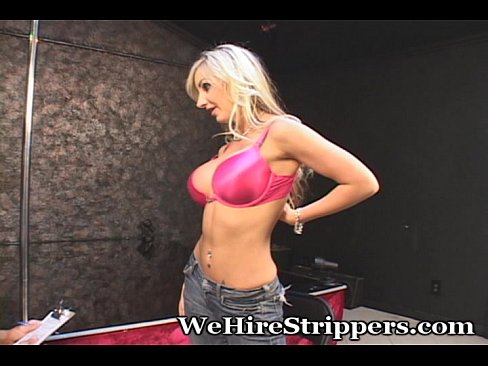 http://img-l3.xvideos.com/videos/thumbslll/6b/8a/2a/6b8a2ae8a31a56cc274a519c80dc6141/6b8a2ae8a31a56cc274a519c80dc6141.5.jpg