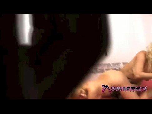 http://img-l3.xvideos.com/videos/thumbslll/6c/04/18/6c04188aef17d4179fd081c2881ec30a/6c04188aef17d4179fd081c2881ec30a.30.jpg