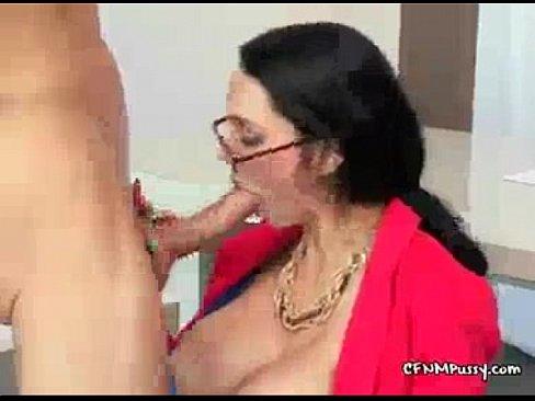 http://img-l3.xvideos.com/videos/thumbslll/6d/42/8f/6d428ff55d539d6e5e919d6eb1b4e2d6/6d428ff55d539d6e5e919d6eb1b4e2d6.1.jpg