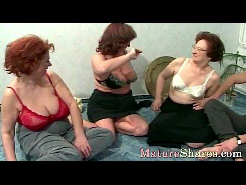 http://img-l3.xvideos.com/videos/thumbslll/72/e9/25/72e92532ec394a949be9b51eb339829f/72e92532ec394a949be9b51eb339829f.9.jpg