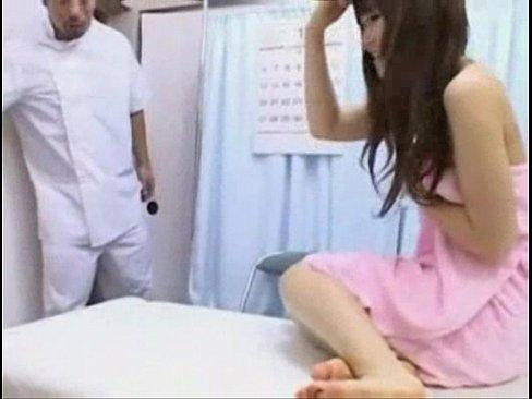 情色治療院 用性愛治療女病患~今天的美女患者還是白虎妹耶