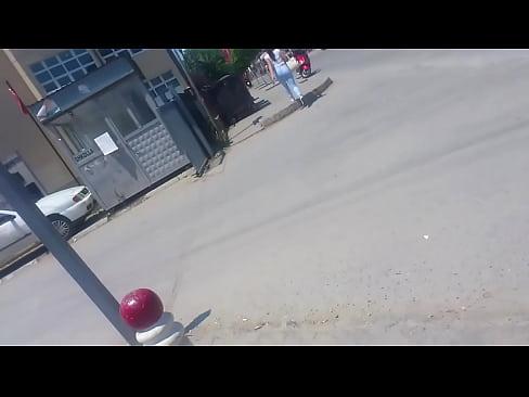 http://img-l3.xvideos.com/videos/thumbslll/73/81/73/73817359e7a135f89d56ddf857a78e9e/73817359e7a135f89d56ddf857a78e9e.15.jpg