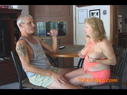 mature ballbusting tube