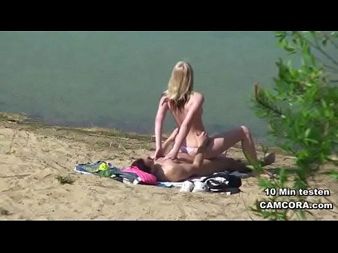 http://img-l3.xvideos.com/videos/thumbslll/7a/f3/59/7af3595b226c885e0fd28b4946470f97/7af3595b226c885e0fd28b4946470f97.19.jpg