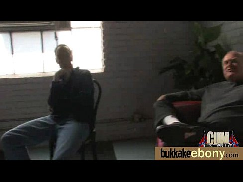 http://img-l3.xvideos.com/videos/thumbslll/7f/60/e8/7f60e88cc0c0ff1cc48fb625d7285145/7f60e88cc0c0ff1cc48fb625d7285145.15.jpg