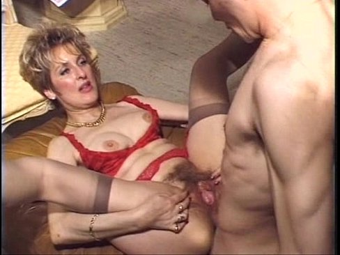 Amatuer moms nude pics