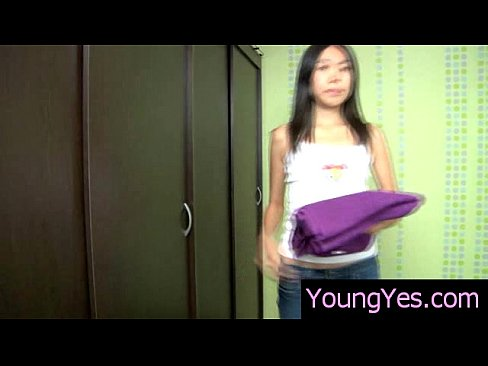 http://img-l3.xvideos.com/videos/thumbslll/87/08/16/87081631a6962096b112ecdd831b8ae6/87081631a6962096b112ecdd831b8ae6.2.jpg